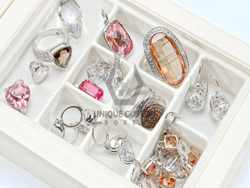Wooden Jewelry Boxes for Girls That Are Ideal for Any Kind of Jewelry Packaging